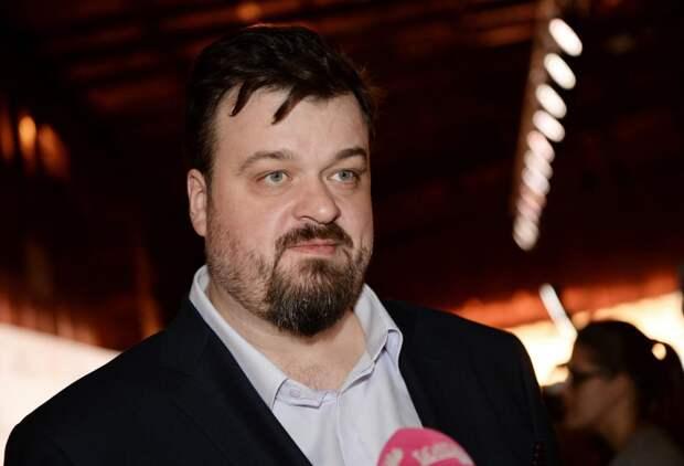 Сосновский объяснил, почему комментатор Уткин так агрессивно себя ведет
