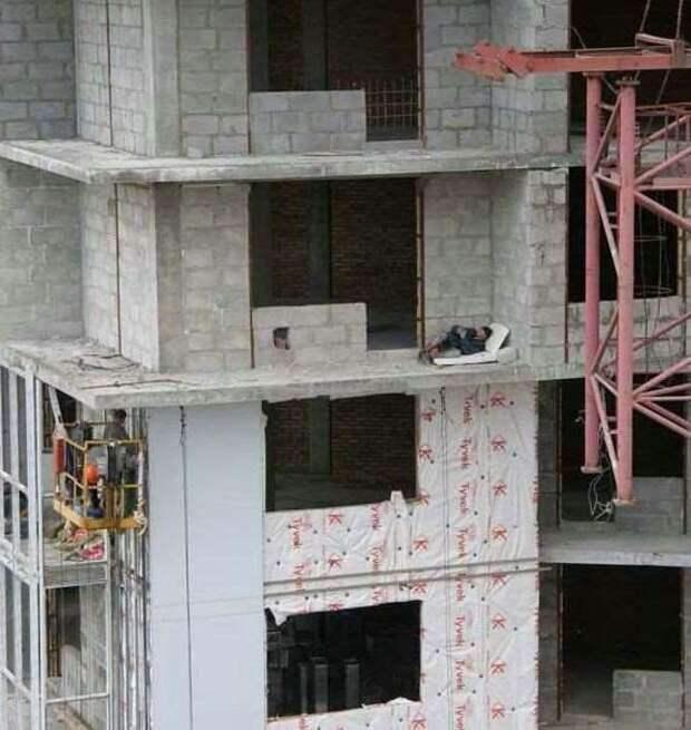 Строительные приколы ошибки и маразмы. Подборка chert-poberi-build-chert-poberi-build-36120427112020-0 картинка chert-poberi-build-36120427112020-0