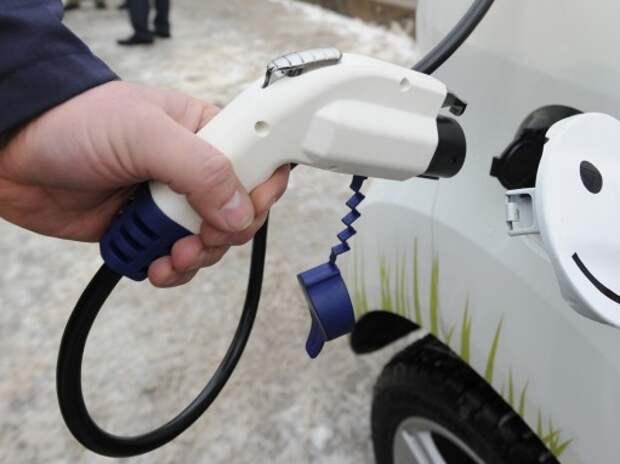 Первый пункт зарядки для электромобилей заработал в Санкт-Петербурге