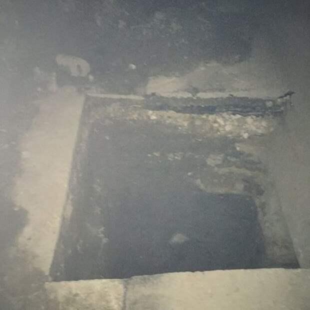 В Рязани начали проверку после падения ребенка в 2-метровую яму на тротуаре