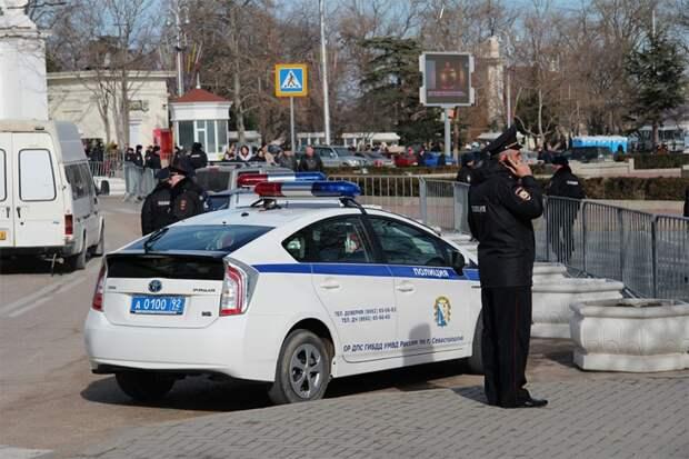 В Крыму просят пристегнуть самое дорогое