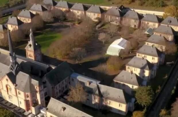 Франция продает исторические здания, чтобы пополнить бюджет