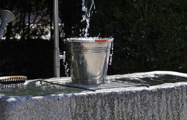 В Симферополе волонтёры будут разносить воду пенсионерам и инвалидам