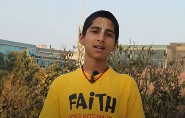 """Индийский мальчик: """"Всё случится через два месяца"""""""