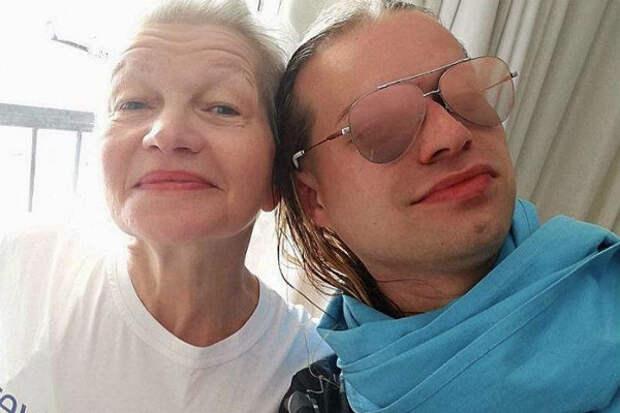 Гоген Солнцев рассказал осексе сженой-пенсионеркой