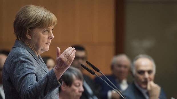 """Меркель рассказала о решении Германии в пользу """"Северного потока — 2"""""""