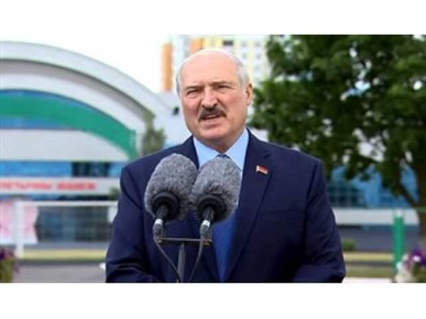 Подготовка аншлюса? Зачем Лукашенко спешно закрыл границу с ЕС