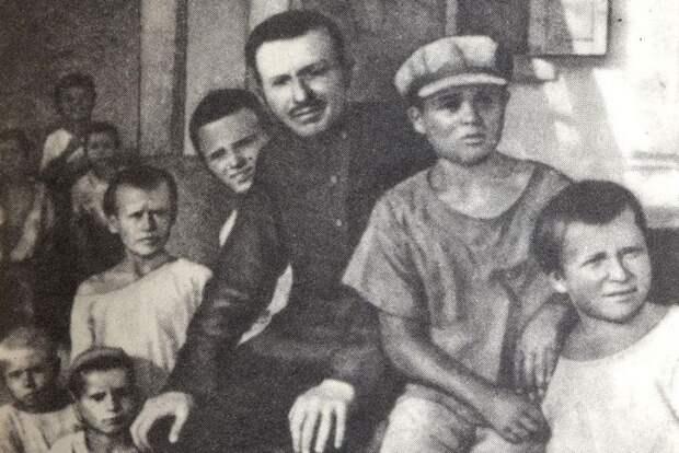 Антон Макаренко - лучший друг советских беспризорников