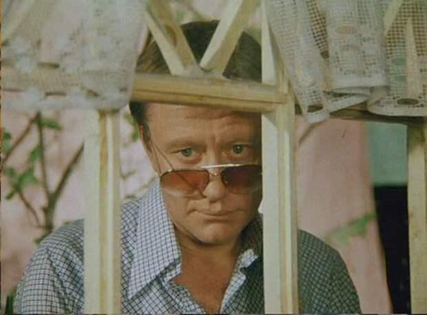 Андрей Миронов в фильме *Будьте моим мужем*, 1981   Фото: kino-teatr.ru