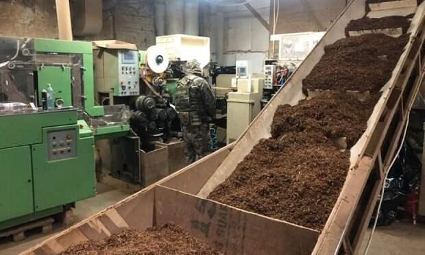 На Кубани накрыли цех по производству контрафактных сигарет
