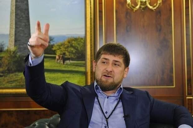 Напомним, в 2018 году Кадыров устроил на работу бросившего банку в пассажира чеченца