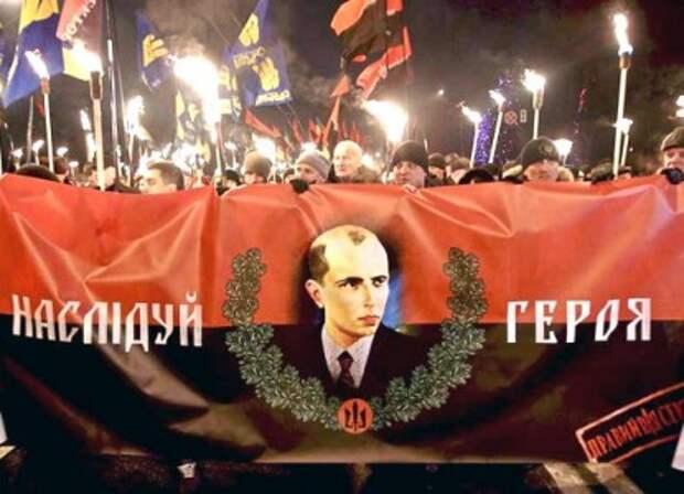 Зеленский готовит возвращение Бандеры на Украину