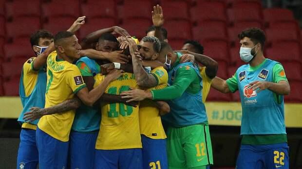 Футболисты сборной Бразилии согласились сыграть на Кубке Америки