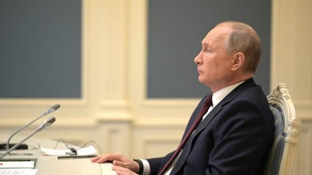 «Сделайте свой выбор»: Путин обратился к россиянам в день голосования