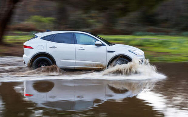 Jaguar E-Pace: первый тест-драйв