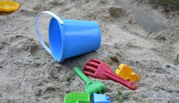 Ужасное состояние новых детских площадок в Крыму подтвердилось