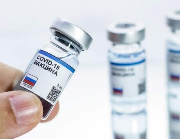 В России - паспорта вакцинированных, в Испании - учёт отказавшихся от прививки
