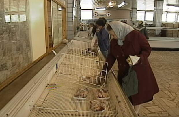 Видео: как выглядели магазины в СССР