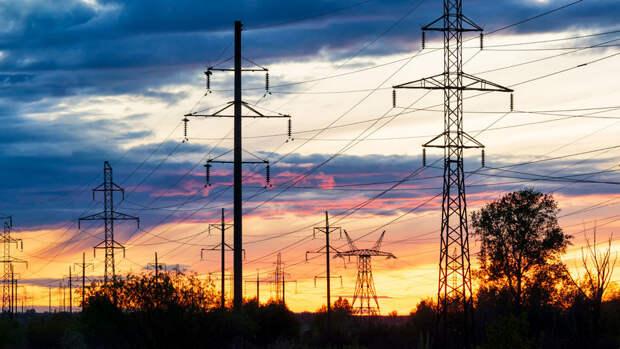Свыше 80 тысяч жителей Нижегородской и Костромской областей остались без света