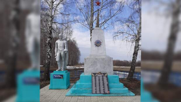 Военнослужащие ЦВО отремонтировали свыше тысячи мемориальных объектов к 9 Мая