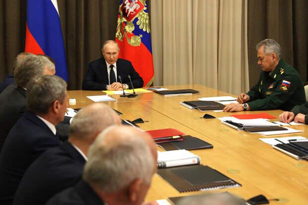 «Компактная, но эффективная»: Путин рассказал, какой должна быть армия