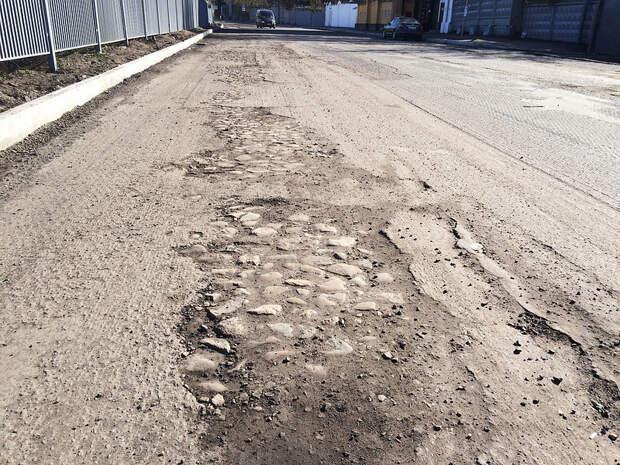 Власти Симферополя и Минтранс предстали перед судом за ремонт дорог