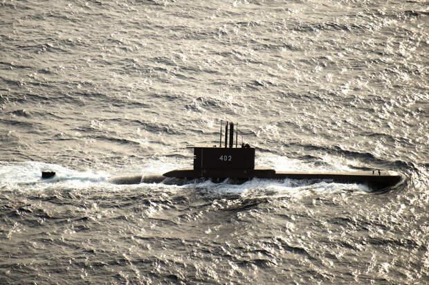 Пропавшая индонезийская подлодка затонула вместе с экипажем