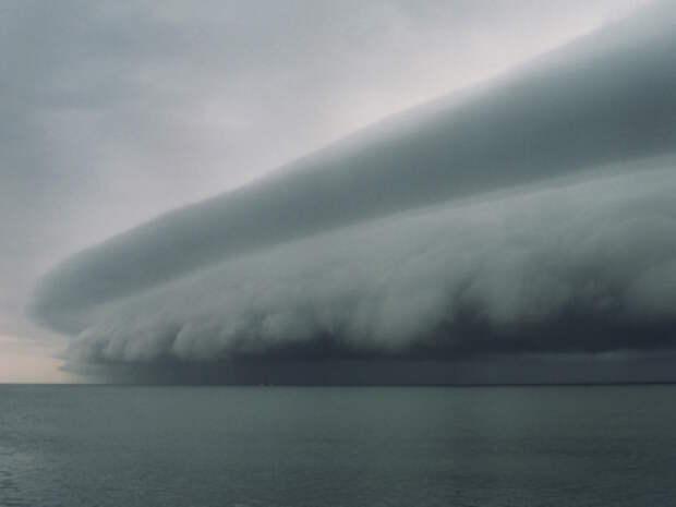В чем разница между тайфуном и ураганом?