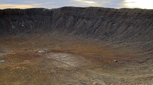 7 разрушительных метеоритов, которые оставили следы на территории России