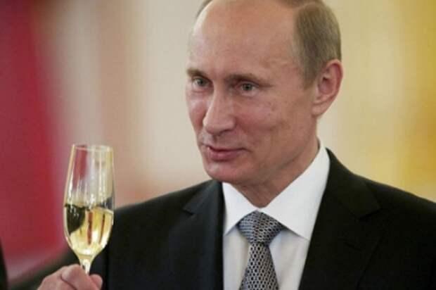 Украинцы обиделись на Путина: Не поздравил Порошенко с Новым годом!