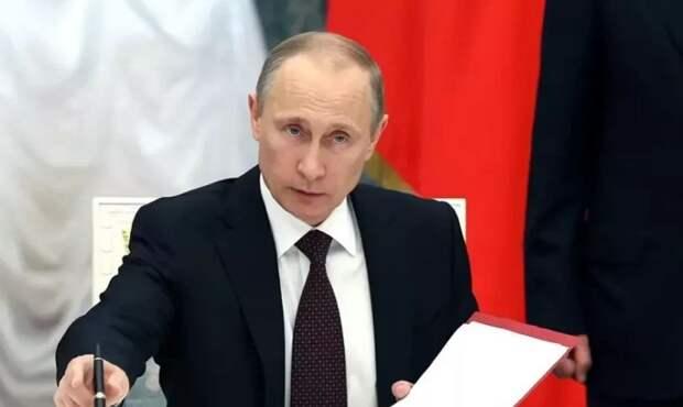 BBC бьётся в истерике. Новый закон Путина, который выбесил всех на Западе