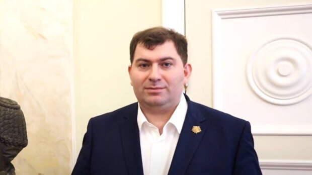 """В Петербурге арестован проректор Балтийского госуниверситета """"Военмех"""""""