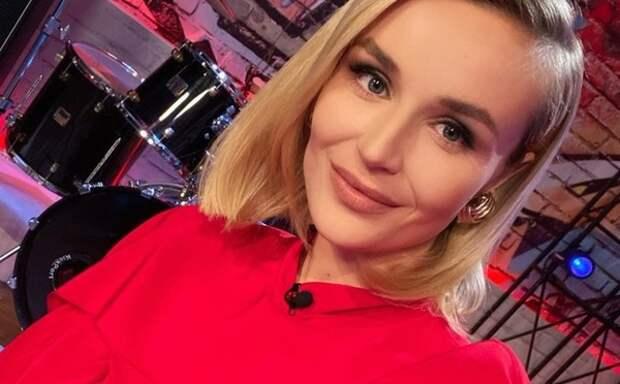 """Полина Гагарина вспомнила, как чувствовала себя в семье """"загнанной женщиной"""""""