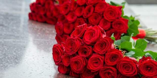 Собянин возложил цветы к памятнику бойцам 13-й дивизии народного ополчения