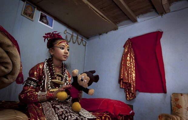 Богини в душе остаются детьми богини, девушки, непал