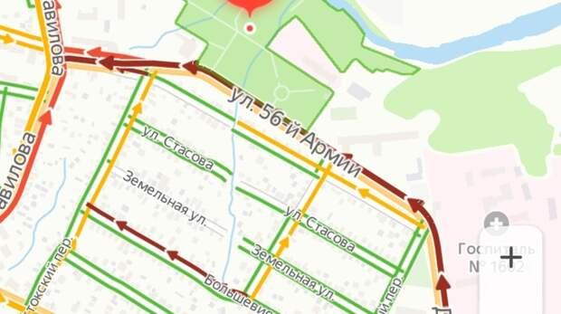 Нанескольких улицах Ростова парализовало движение из-за ДТП