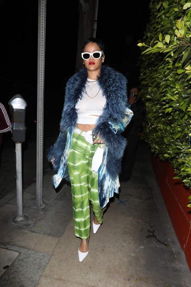 Ринна сменила имидж: певица показала новую дерзкую стрижку и винтажное пальто Dior