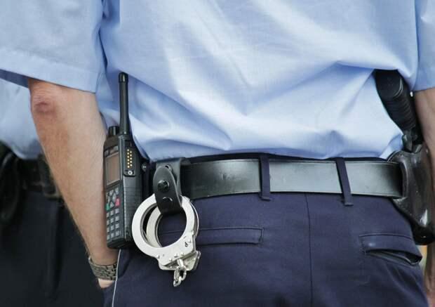 Сотрудники полиции севера Москвы задержали подозреваемого в присвоении денежных средств