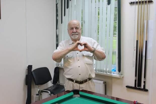 Пенсионер из Бабушкинского сочиняет стихи и проводит творческие встречи