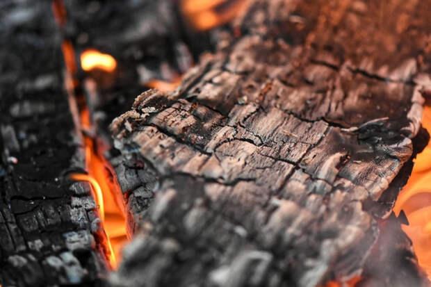 На Кубани при пожаре погибла женщина