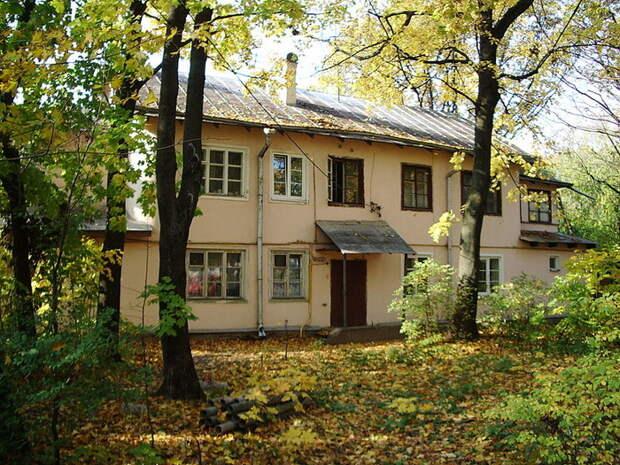 В том же Соколе уже с конца 1920-х начали строить многоквартирные дома. /Фото: Wikipedia.org