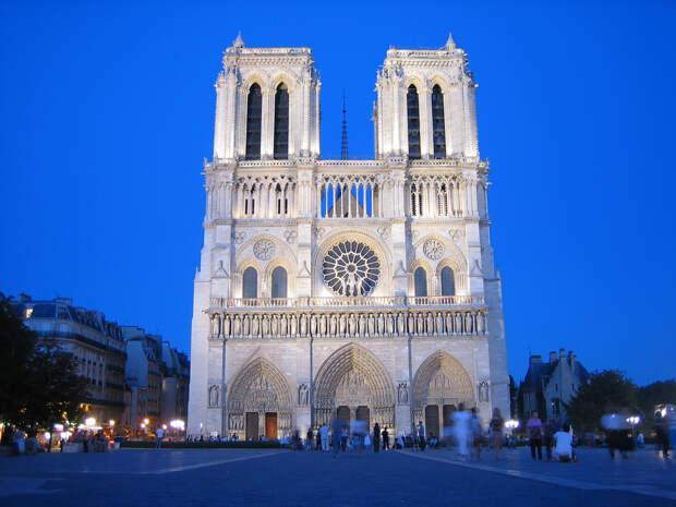 http://paristrip.ru/wp-content/uploads/2012/09/Notre-Dame-Reinier.jpg