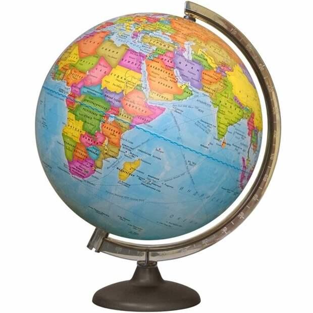 Глобус в отличие от картографических проекций показывает Землю без искажений!