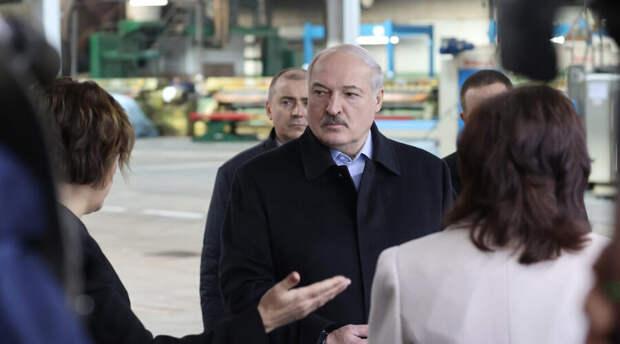 Лукашенко в кои-то веки согласился провести перевыборы президента. Но всё не так просто