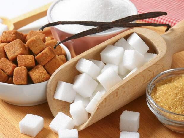 Пора запасаться сахаром: Минсельхоз предупреждает о подорожании этого стратегического продукта