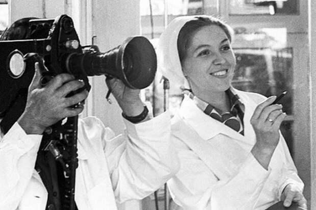 Самая позитивная советская телеведущая Юлия Белянчикова, изображение №4