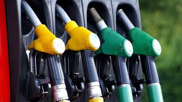«За рулем»: рациональная манера вождения поможет снизить расход топлива