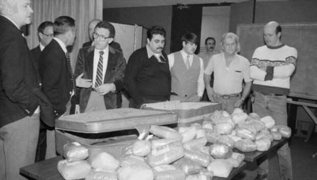 Кокаиновый медведь, или История о том, как американский полицейский стал известным наркоторговцем (9 фото)