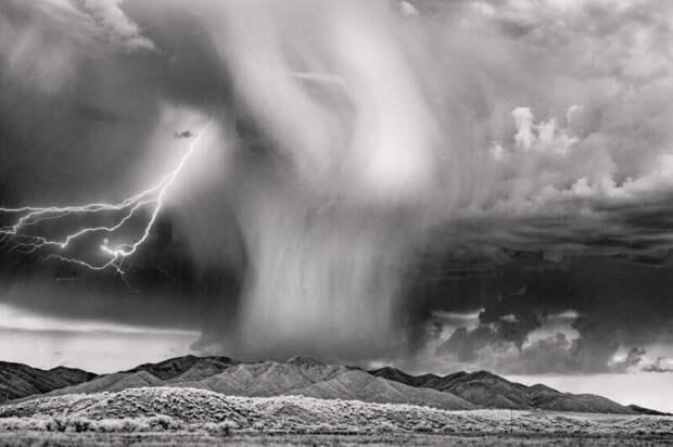 Буря. (Фото Ken Sklute/Kolari Vision):