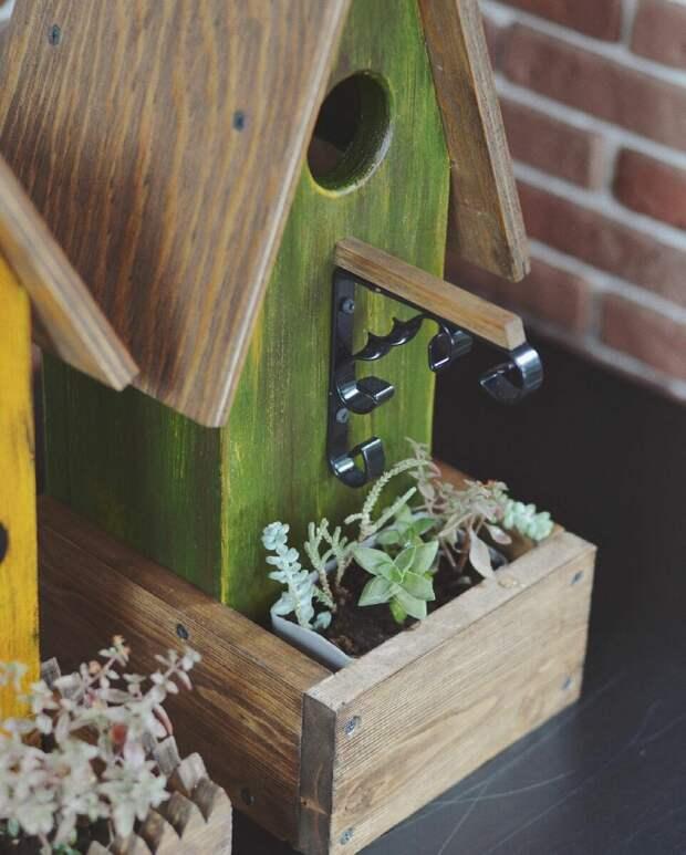 Крутые поделки для дачи и сада своими руками: кашпо, вешалка и корзина для белья. За них не будет стыдно!